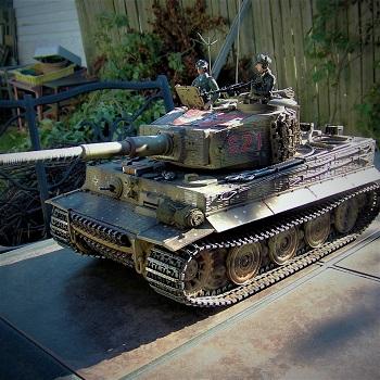 ForgeBear Tiger - RC Tank Warfare